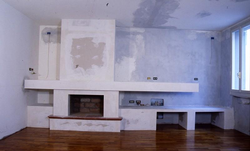 Fornitura e posa in opera di cartongessi per pareti, controsoffitti